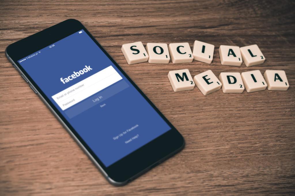 Zvyšte aktivitu fanoušku na Facebooku